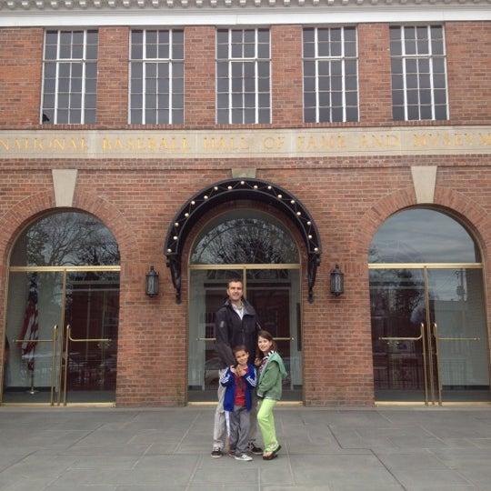 3/24/2012 tarihinde Pete S.ziyaretçi tarafından National Baseball Hall of Fame and Museum'de çekilen fotoğraf