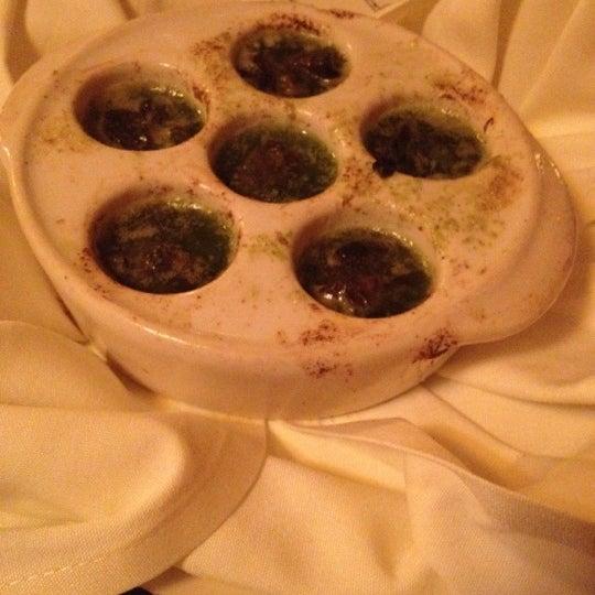 4/20/2012にChristina R.がLes Zygomates Wine Bar Bistroで撮った写真