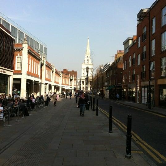 Foto tomada en Old Spitalfields Market por Michael S. el 3/30/2012