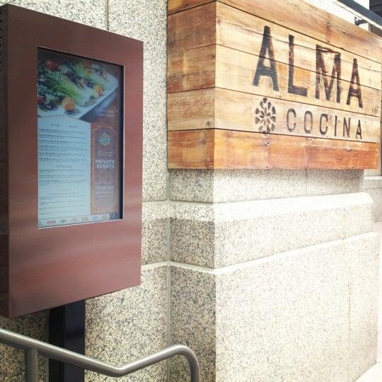 Снимок сделан в Alma Cocina пользователем John R. 4/19/2012