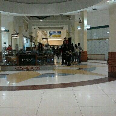รูปภาพถ่ายที่ Shopping Iguatemi โดย Nilton T. เมื่อ 7/15/2012