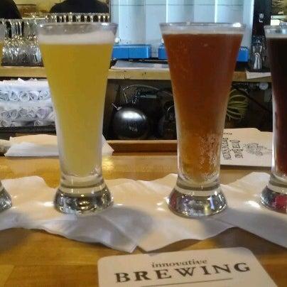 6/16/2012에 Jennifer C.님이 Outer Banks Brewing Station에서 찍은 사진