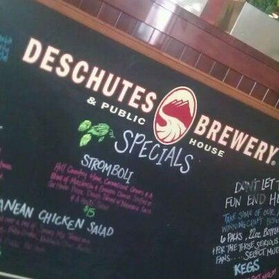 Снимок сделан в Deschutes Brewery Bend Public House пользователем Dannah R. 2/26/2012
