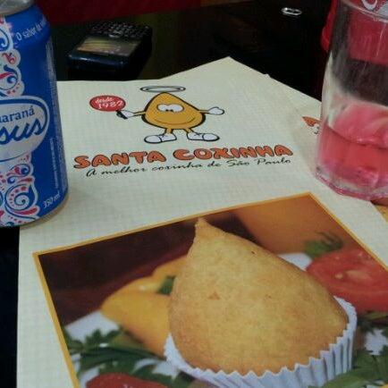 Das Foto wurde bei Santa Coxinha von Perci S. am 2/11/2012 aufgenommen