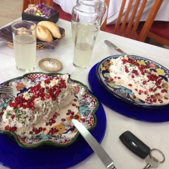 Das Foto wurde bei Restaurante Nicos von Caris R. am 9/13/2012 aufgenommen