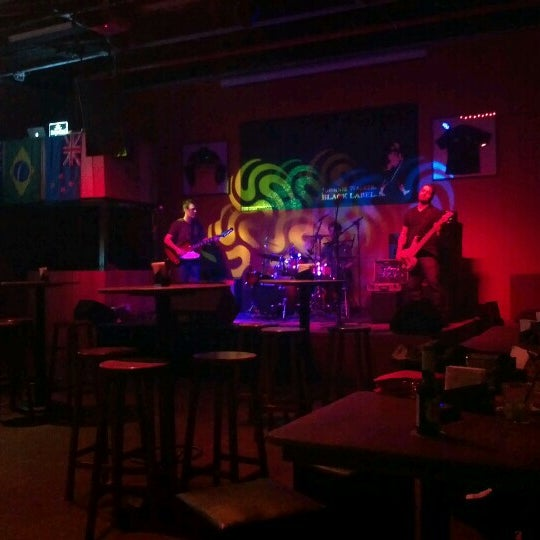 7/31/2012にJosé LuizがOzzie Pubで撮った写真