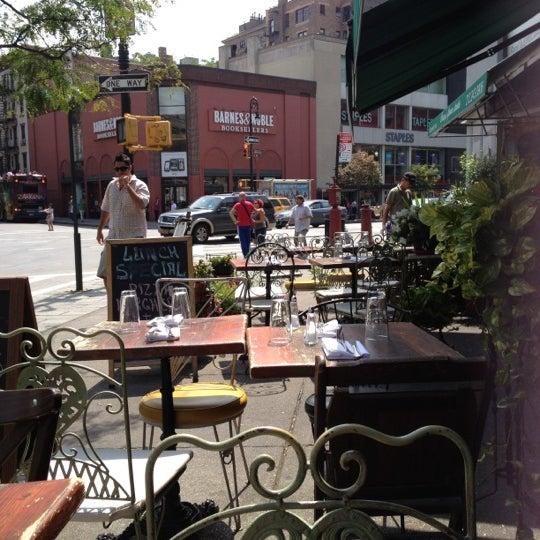 8/24/2012にBrooke B.がOlio e Piúで撮った写真
