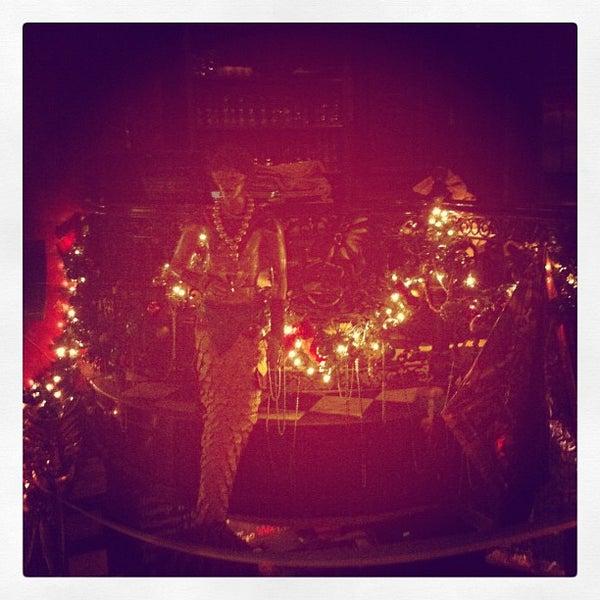 Foto tirada no(a) Bourbon Street Bar & Grille por Myke M. em 2/20/2012