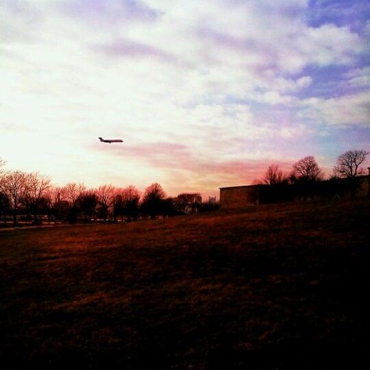 3/21/2012 tarihinde Paula S.ziyaretçi tarafından Castle Island'de çekilen fotoğraf