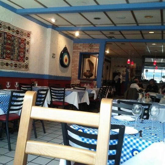 2/9/2012에 Felipe V.님이 Anatolia Restaurant에서 찍은 사진