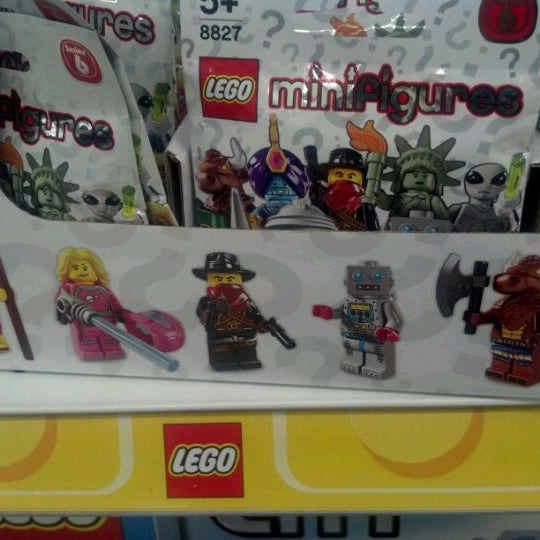 Photos At Toys R Us Toy Game Store In Edmonton