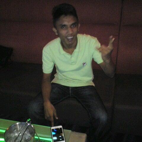 รูปภาพถ่ายที่ KBOX Plus โดย Hafizuddin O. เมื่อ 6/10/2012