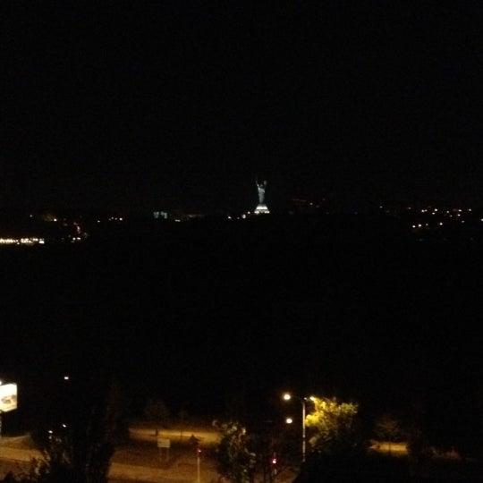 8/2/2012 tarihinde Vera C.ziyaretçi tarafından Готель «Славутич»  / Slavutych Hotel'de çekilen fotoğraf