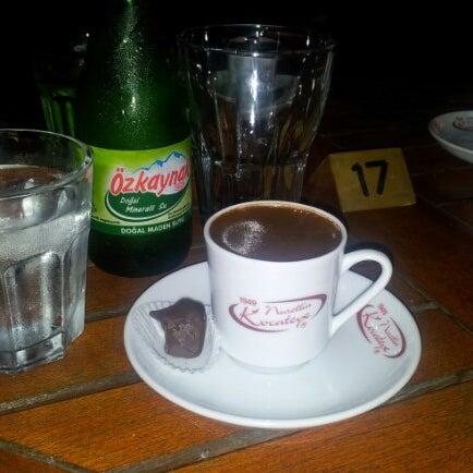 Photo prise au telwe Kahve Evi par Adil Ö. le7/29/2012
