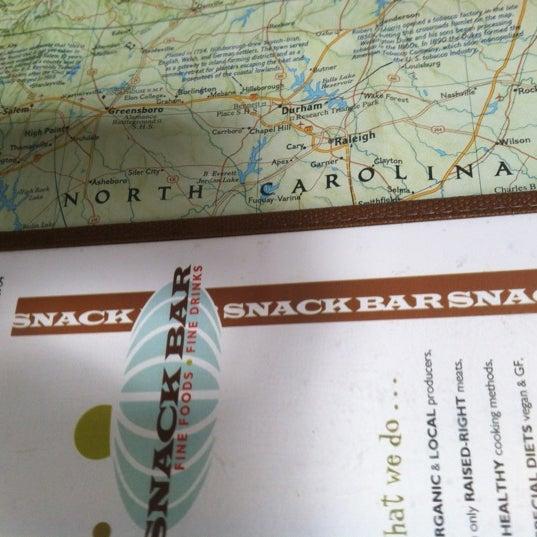 Foto scattata a Snack Bar da Josh E. il 3/23/2012