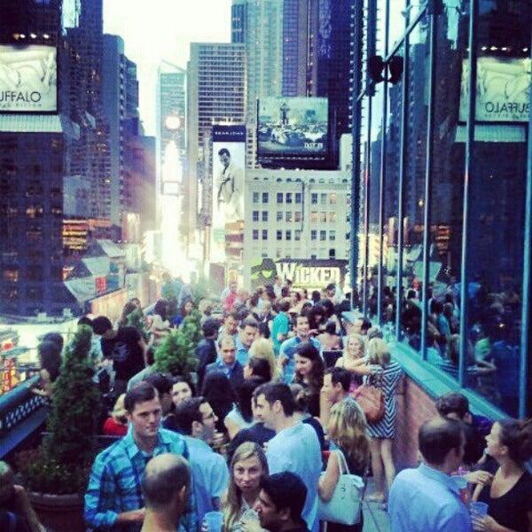 8/10/2012에 Yari A.님이 Novotel New York Times Square에서 찍은 사진