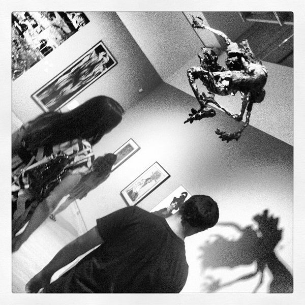 Снимок сделан в Phoenix Art Museum пользователем HEATHER K. 8/16/2012