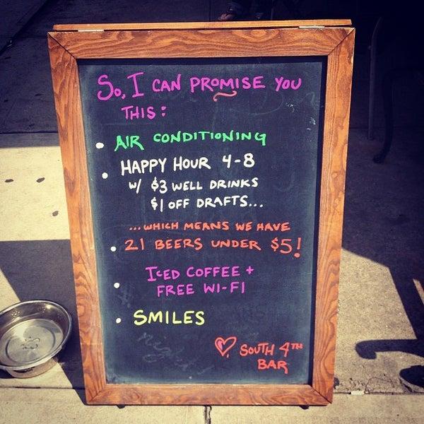รูปภาพถ่ายที่ South 4th Bar & Cafe โดย Lana W. เมื่อ 7/16/2012