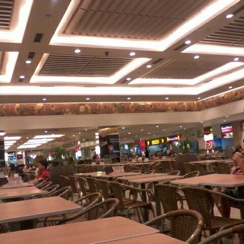 7/24/2012 tarihinde Keehty F.ziyaretçi tarafından Goiânia Shopping'de çekilen fotoğraf