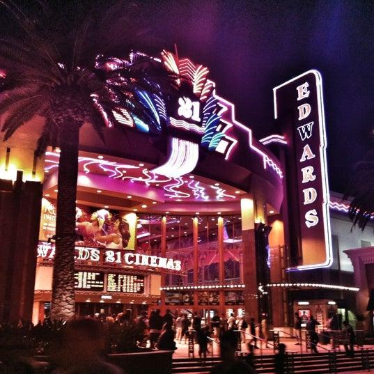 Снимок сделан в Irvine Spectrum Center пользователем hoda007 7/16/2012