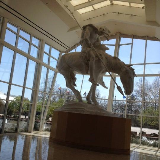 Foto tomada en National Cowboy & Western Heritage Museum por Andrew N. el 3/5/2012