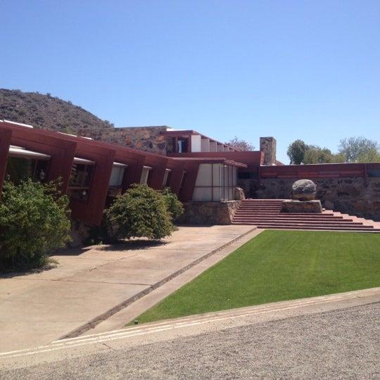 รูปภาพถ่ายที่ Taliesin West โดย Adriana T. เมื่อ 4/15/2012