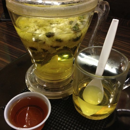 Foto scattata a AU 79 Tea House da Lisa K. il 2/28/2012