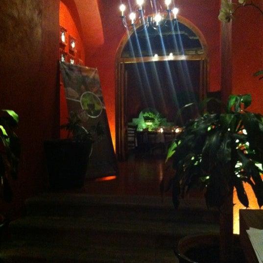 Photo prise au Catedral Restaurante & Bar par El Saber d. le9/9/2012