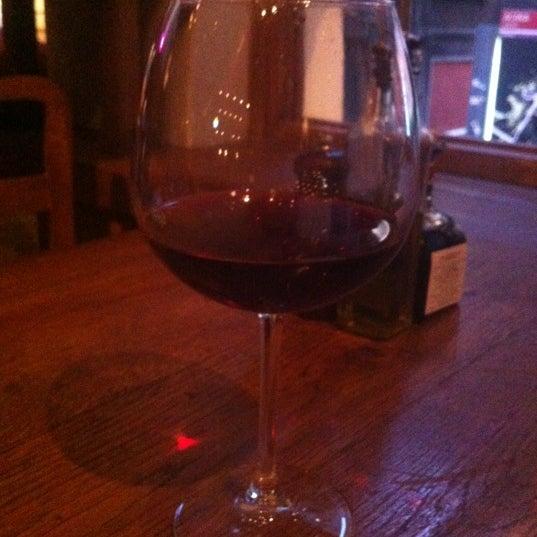 6/16/2012 tarihinde Merih G.ziyaretçi tarafından Mica Restaurant & Bar'de çekilen fotoğraf