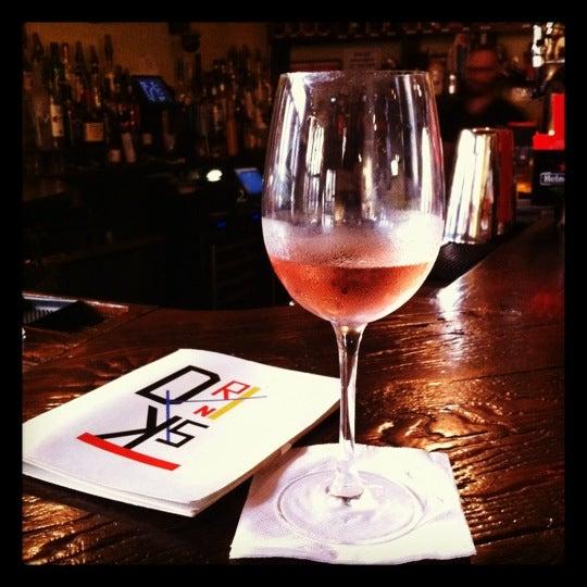 6/14/2012에 Marianne C.님이 RaR Bar에서 찍은 사진