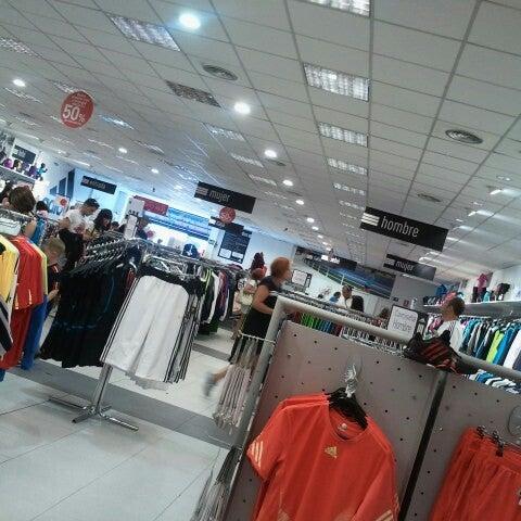 barba Absurdo esperanza  adidas Outlet Store Madrid Leganés - Tienda de artículos deportivos en  Leganés