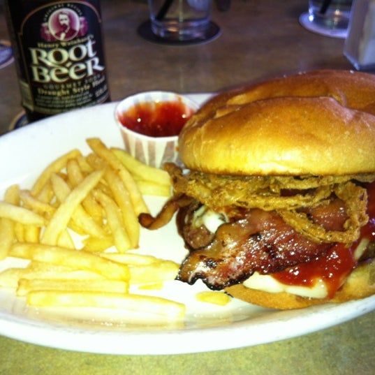 3/11/2012에 Jake R.님이 The Herkimer Pub & Brewery에서 찍은 사진