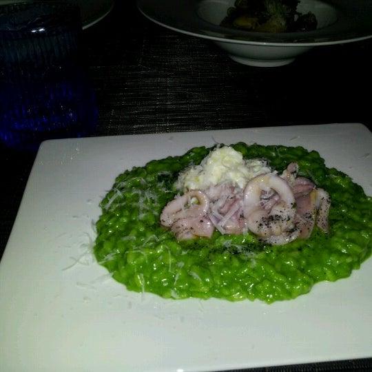 Снимок сделан в Toscana Divino пользователем Ron T. 7/22/2012