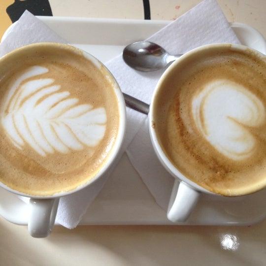 Foto scattata a Espressofabriek da Dan P. il 5/5/2012