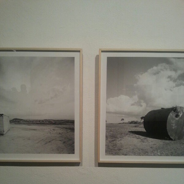 รูปภาพถ่ายที่ CentoeQuatro โดย Henrique R. เมื่อ 8/14/2012