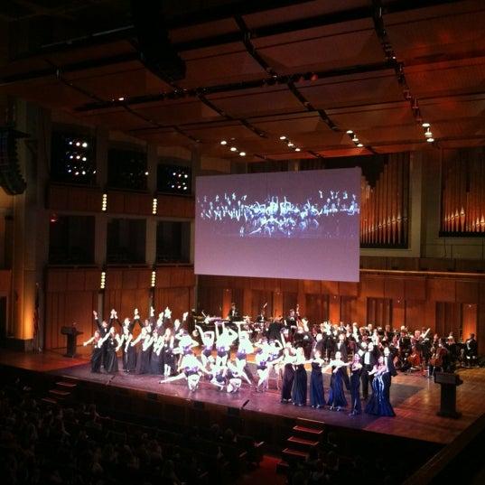 Снимок сделан в The John F. Kennedy Center for the Performing Arts пользователем Carter B. 6/11/2012
