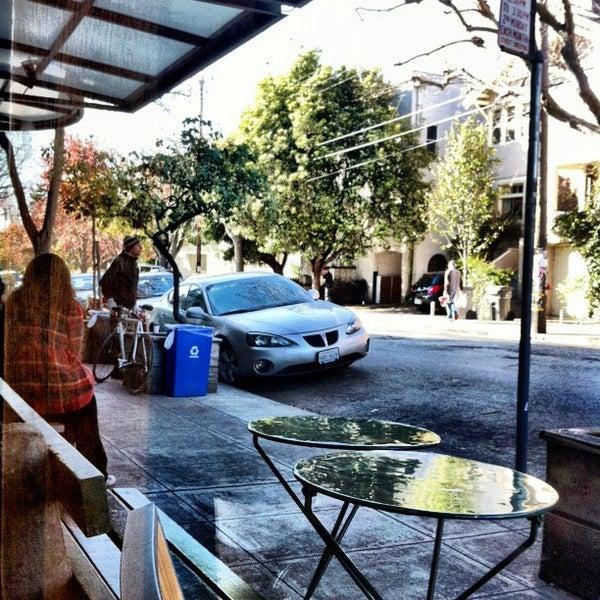 2/15/2012에 Evangeline B.님이 Safeway에서 찍은 사진