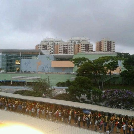 Das Foto wurde bei Shopping Campo Limpo von Diego G. am 4/18/2012 aufgenommen
