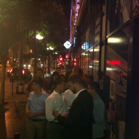 Come Early before 10pm or you may get stuck in line. Great new bar!