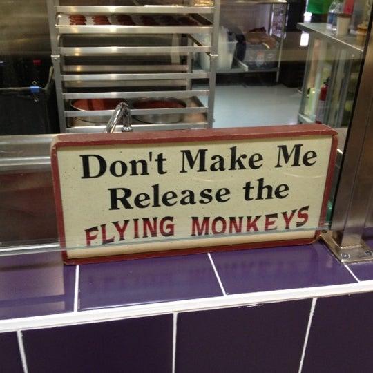 Das Foto wurde bei Flying Monkey Bakery von Angel G. am 3/17/2012 aufgenommen