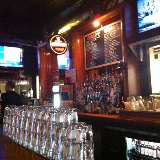 Foto diambil di Whitlow's on Wilson oleh Koset (EMC) S. pada 2/8/2012