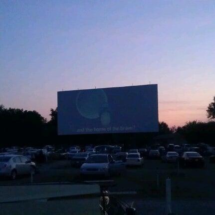 Снимок сделан в Bengies Drive-in Theatre пользователем JL C. 7/7/2012