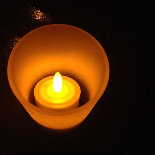 Foto tomada en Entwine por Natalie D. el 2/20/2012