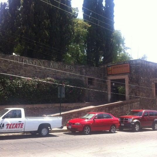2/27/2012にJesus O.がEl Jardín de los Milagrosで撮った写真