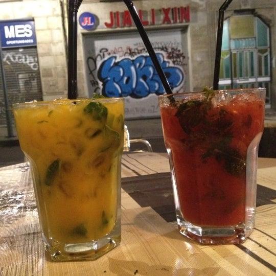Foto tomada en Foxy Bar por Mölli M. el 4/21/2012