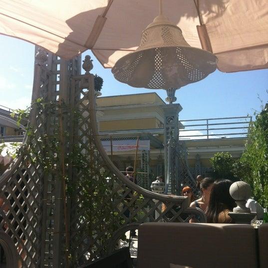5/25/2012 tarihinde Ksana S.ziyaretçi tarafından Turandot'de çekilen fotoğraf