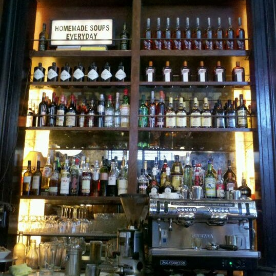 5/13/2012에 Mara님이 The Misfit Restaurant + Bar에서 찍은 사진