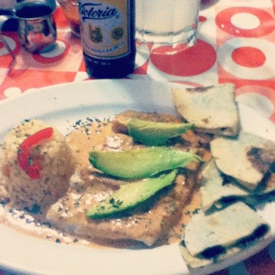 Foto tirada no(a) Los Curricanes por Jorge em 8/2/2012