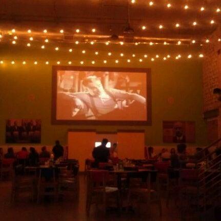 Снимок сделан в El Real Tex-Mex Cafe пользователем Lori P. 4/4/2012