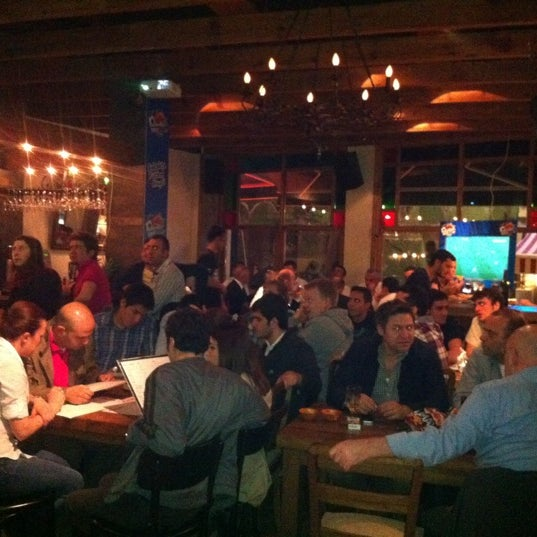 Foto diambil di Mica Restaurant & Bar oleh Filiz H. pada 4/22/2012